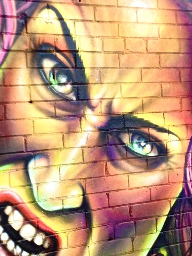 Artist(s): Shalak - Bruxas
